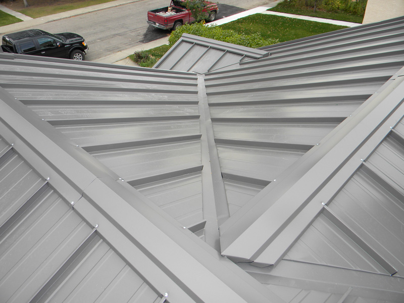 "Charcoal – 1 ½"" Standing Seam"